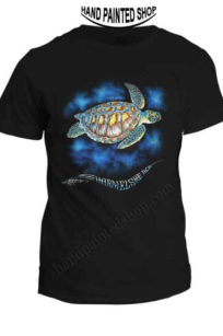 T-Shirt painted Green Turtle